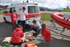 Wasserwacht übt Erste Hilfe